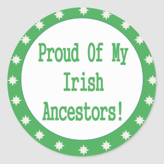 Orgulloso de mis antepasados irlandeses etiqueta redonda