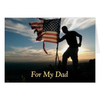 Orgulloso de usted tarjeta militar del día de