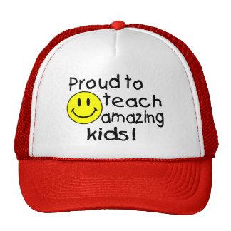 Orgulloso enseñar a niños asombrosos gorras