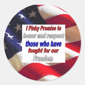Orgulloso ser americano pegatina redonda