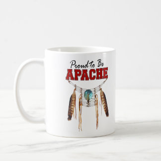 Orgulloso ser Apache Taza Básica Blanca