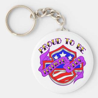 Orgulloso ser escudo hecho americano llavero redondo tipo pin