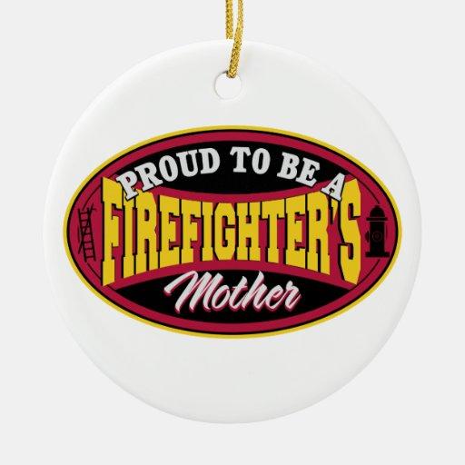 Orgulloso ser la madre de un bombero adorno navideño redondo de cerámica