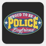 Orgulloso ser un novio de la policía calcomania cuadrada personalizada