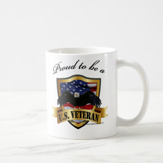 Orgulloso ser un veterano de los E.E.U.U. Taza Básica Blanca