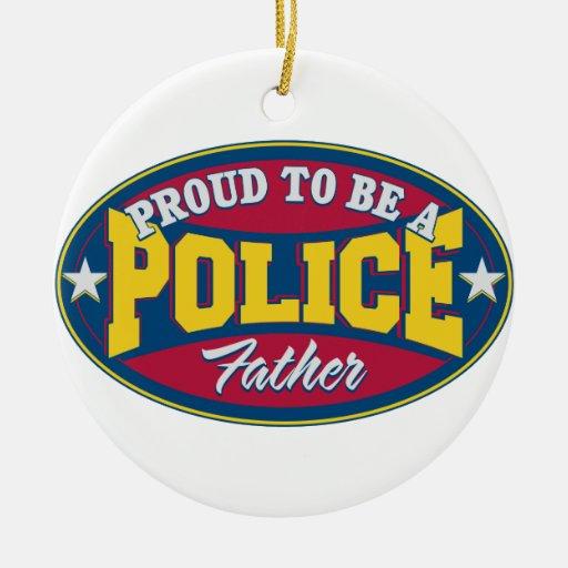 Orgulloso ser una policía engendre adorno redondo de cerámica