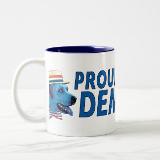 Orgulloso ser una taza azul de Demócrata del perro