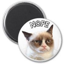 """Original Grumpy Cat Round Magnet """"NOPE"""""""