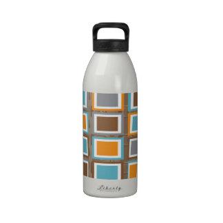 Original Retro Block wave design in brown Drinking Bottle