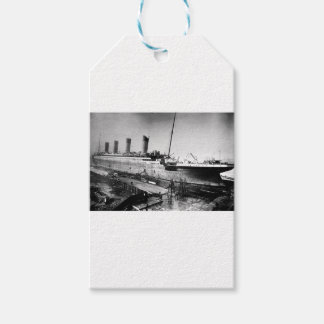 original titanic picture under construction gift tags