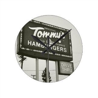 Original Tommys Round Clock