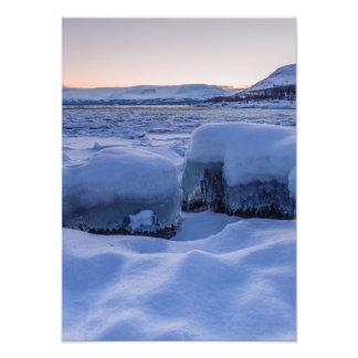 Orilla congelada de la impresión de la foto de