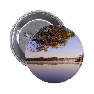 Orilla del lago de la madrugada pin