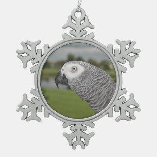 Orilla del lago del gris africano adorno de peltre en forma de copo de nieve