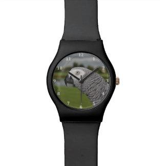 Orilla del lago del gris africano relojes de mano