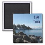 Orilla del norte el lago Tahoe, pueblo de la Imán Cuadrado