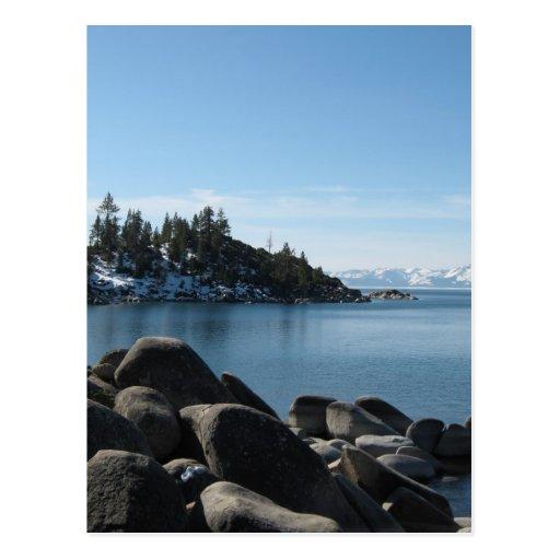 Orilla del norte el lago Tahoe, pueblo de la Postal