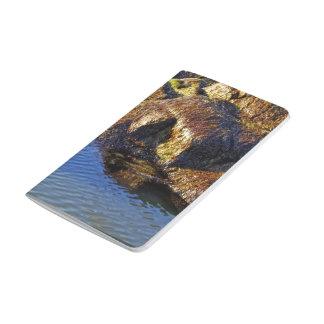 Orilla del río cuaderno grapado