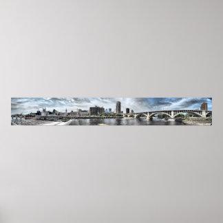 Orilla del río de Minneapolis panorama de 6 pies d Poster