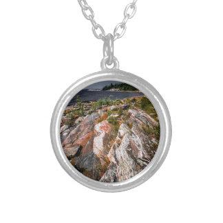 Orilla rocosa de la bahía georgiana joyerias