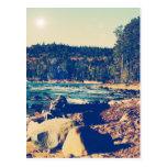Orillas rocosas del lago Superior Tarjetas Postales