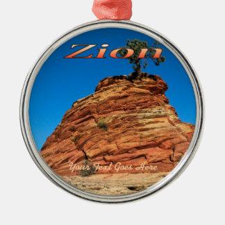 Ornament: Amazing Ponderosa (Premium Round)