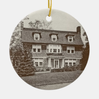Ornament for 91 Highland Ave in 1925