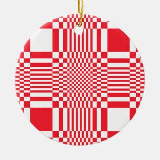 Ornament W
