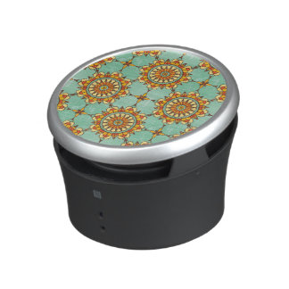 Ornamental pattern speaker