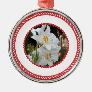 Ornamento #1 del lirio blanco del árbol de Jesse Adorno Redondo Plateado