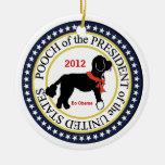 Ornamento 2012 del día de fiesta de BO Obama Adorno De Reyes