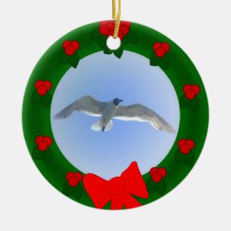 Ornamento 2 de la gaviota en vuelo ornato