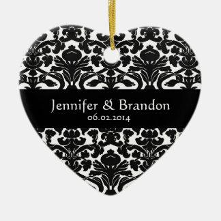 Ornamento adornado blanco y negro del boda del dam adornos