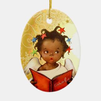 Ornamento afroamericano del navidad del ángel del adorno navideño ovalado de cerámica