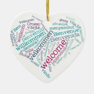 Ornamento agradable del corazón (muchas idiomas) adorno navideño de cerámica en forma de corazón