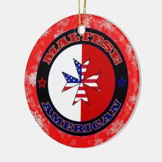 Ornamento americano maltés del navidad de la cruz