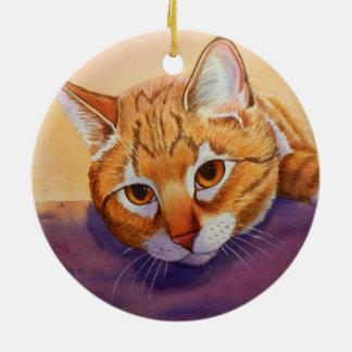 Ornamento anaranjado del navidad del Tabby Adorno Redondo De Cerámica