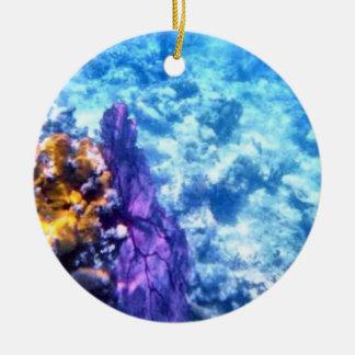 Ornamento anticuado púrpura de la fan de mar adorno redondo de cerámica