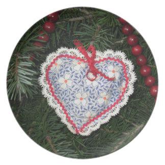 Ornamento azul hecho en casa del corazón del estam plato para fiesta