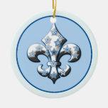 Ornamento azul y blanco de la flor de lis del copo adorno de reyes