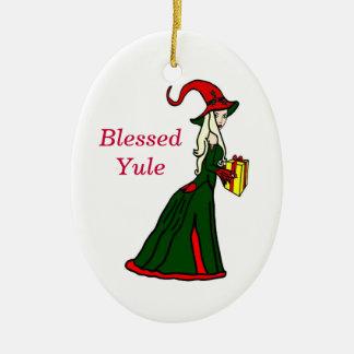 Ornamento bendecido de la bruja del invierno de adorno navideño ovalado de cerámica