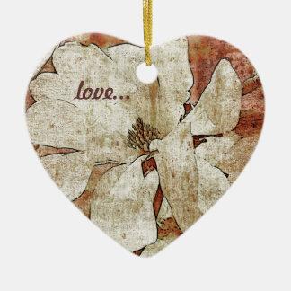 ornamento blanco del amor de la magnolia adorno navideño de cerámica en forma de corazón
