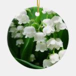 Ornamento blanco del lirio de los valles adorno de navidad