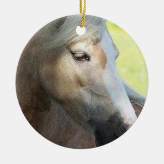 Ornamento bonito del Palomino Ornamento De Navidad