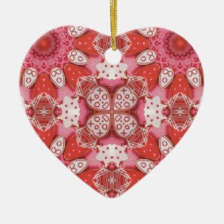 Ornamento caleidoscópico de la galleta de la adorno de cerámica en forma de corazón