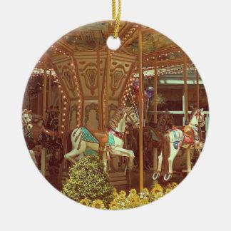 Ornamento - carrusel del vintage adorno navideño redondo de cerámica