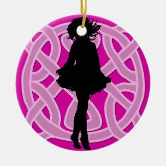 Ornamento céltico del bailarín de las rosas fuerte ornamentos de reyes magos