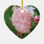 Ornamento color de rosa sutil ornamento de reyes magos
