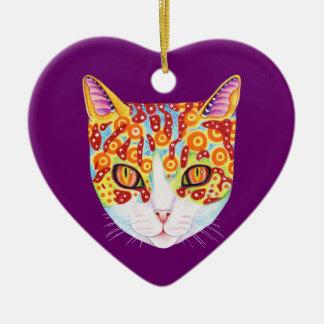 Ornamento colorido del gato adorno navideño de cerámica en forma de corazón