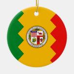 Ornamento con la bandera de Los Ángeles, Adorno Navideño Redondo De Cerámica